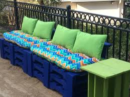 Pallet Patio Furniture Cushions by Diy Backyard Pallet Furniture Positively Stacey