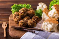 jüdische küche selbst gemachter falafel mit salat jüdische küche horizontale