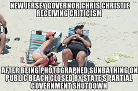 Chris Christie Memes - chris christie sunbathes on closed new jersey beach memenews