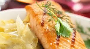 comment cuisiner un pavé de saumon saumon recette facile fete gourmand