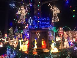 dyker heights christmas lights tour 2017 dyker heights residents at war on festive home decorarions daily