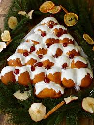 sweet u0026 spicy christmas tree bread tales from the kitchen shed
