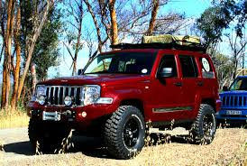 red jeep liberty 2010 nice off road bumper and lift jeep kk 2008 2013 pinterest