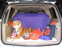 mom u0027s best nest trunk u0027r treat car decorating ideas