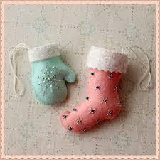 free felt ornament pattern by melon knitting