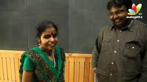 Blind Christian Female Singer Vaikom Vijayalakshmi On Yennamo Yedho Tamil Movie Song Vaikom