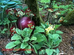 Gazing Balls Garden Garden Art From Bowling Balls Ourhomeinthewoods