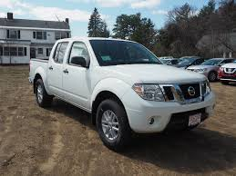 nissan frontier crew cab new 2017 nissan frontier for sale in nh 17c550 concord nissan