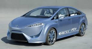 toyota prepares fuel cell plug in electric cars for 2012 tokyo