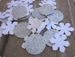 blissful roots diy winter ornaments