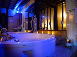 hotel avec baignoire baln dans la chambre chambres d hôtel avec en mayenne les chambres de l hôtel l