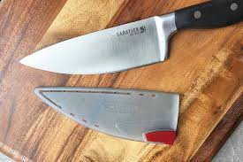 sharpening kitchen knives with a sabatier self sharpening edgekeeper knives review foodal
