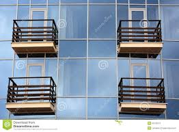 glas balkon glas en balkon stock foto afbeelding 50102615