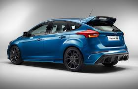 cars ford 2017 ford focus rs 2016 enters hyper hatch territory with 345bhp