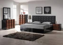 Impressive Modern Bedroom Furniture With Lacquer Platform Bed