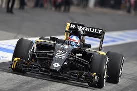 renault f1 wallpaper renault r s 16 formula 1 testing live from barcelona