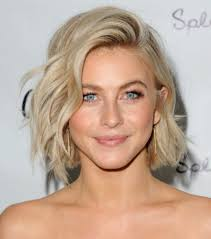 best way to create soft waves in shoulder length hair 17 hairstyles which make you look much younger