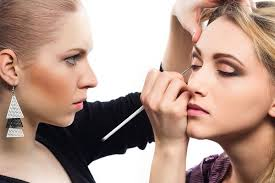 makeup artist in makeup artist as a career in the beauty industry