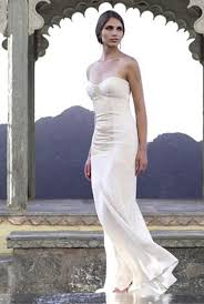 Wedding Dresses For Petite Brides Beautiful White Strapless Wedding Dress With Vertical Sash To The