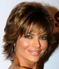 short haircuts for women over 30