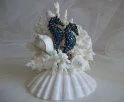 Cake Decorations Beach Theme - best 25 beach wedding cake toppers ideas on pinterest beach