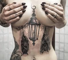 awesome laterne u0026 fledermäuse underboob tattoo tattoo girls