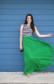 Kelly Green Maxi Dress How To Style A Pleated Green Maxi Skirt For Spring Diary Of A