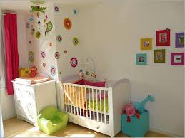 pochoir chambre enfant pochoir chambre bébé 821280 decoration interieur chambre fille avec