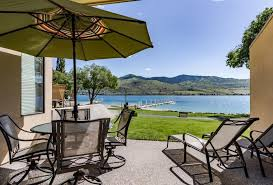 Tift Lake House 2 Bd Vacation Rental In Chelan Wa Vacasa by Vacation Rentals My Chelan Vacation