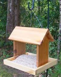 Easy Woodworking Projects Pinterest by Best 25 Bird Feeder Plans Ideas On Pinterest Diy Wine Bottle