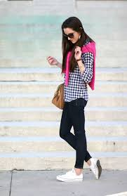 Skinny Jeans And Converse How To Wear White Converse Melonkiss