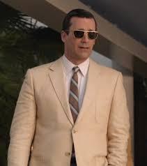 Don Drape Don Draper Smokes Hashish In A Cream Linen Sportcoat Bamf Style