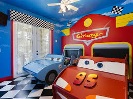 frozen cars and jake nemo theme rooms homeaway kissimmee cars themed room two twin beds located on the first floor
