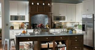 lowes schuler cabinet reviews shop schuler cabinets at lowe s cabinetry storage