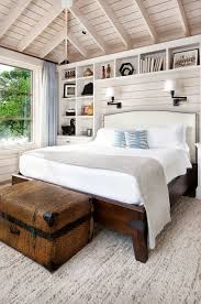 Country Shabby Chic Bedroom Ideas by Best 25 Cottage Bedrooms Ideas On Pinterest Beach Cottage