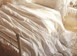 Ruffle Bedding Shabby Chic by 3 Ideas For Shabby Chic Bedding For Happier Relationships