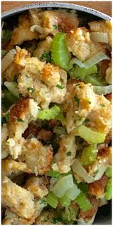 classic thanksgiving stuffing recipe the 25 best turkey stuffing ideas on pinterest turkey stuffing