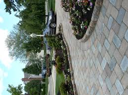 Types Of Pavers For Patio by Are There Different Types Of Pavers That Can Be Purchased Stone
