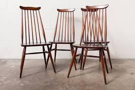 Oak Spindle Back Dining Chairs Vintage Spindle Back Mademoiselle Dining Chairs By Ilmari For