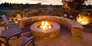 How To Make A Fire Pit In The Backyard by 9 Ideas That U0027ll Convince You To Add A Fire Pit To Your Backyard