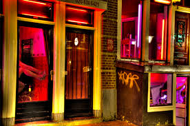amsterdam red light district prices girls in red red light district red lights and amsterdam holidays
