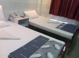 chambre d hote uz鑚 viesnīca day and hotel istascenas lv