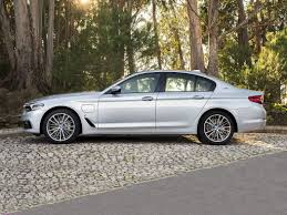 new 2018 bmw 530e price photos reviews safety ratings u0026 features