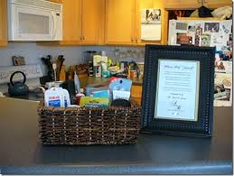 bathroom basket ideas the 25 best wedding toiletry basket ideas on wedding