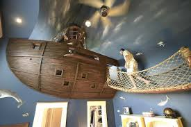chambre pirate enfant la chambre pirate pour les grands enfants