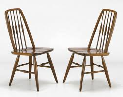 Oak Spindle Back Dining Chairs Six Dinaire Oak Spindle Back Dining Chairs At 1stdibs