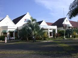 panoramio photo of kresna hotel dutch colonial architecture