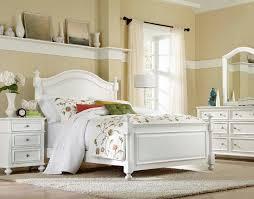 madison bedroom set legacy classic kids madison low poster bedroom set 2830