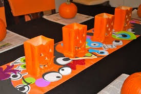 halloween party decorating 21 cheap and easy halloween decorations on a budget diy paper