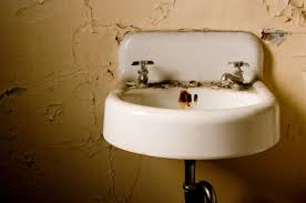 how to remove rust stains from porcelain sink how do you remove rust stains from sink maid services seva call